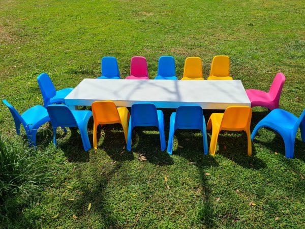 שולחן אבירים נמוך להשכרה
